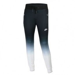 Nike Men'sTech Knit Jogger...